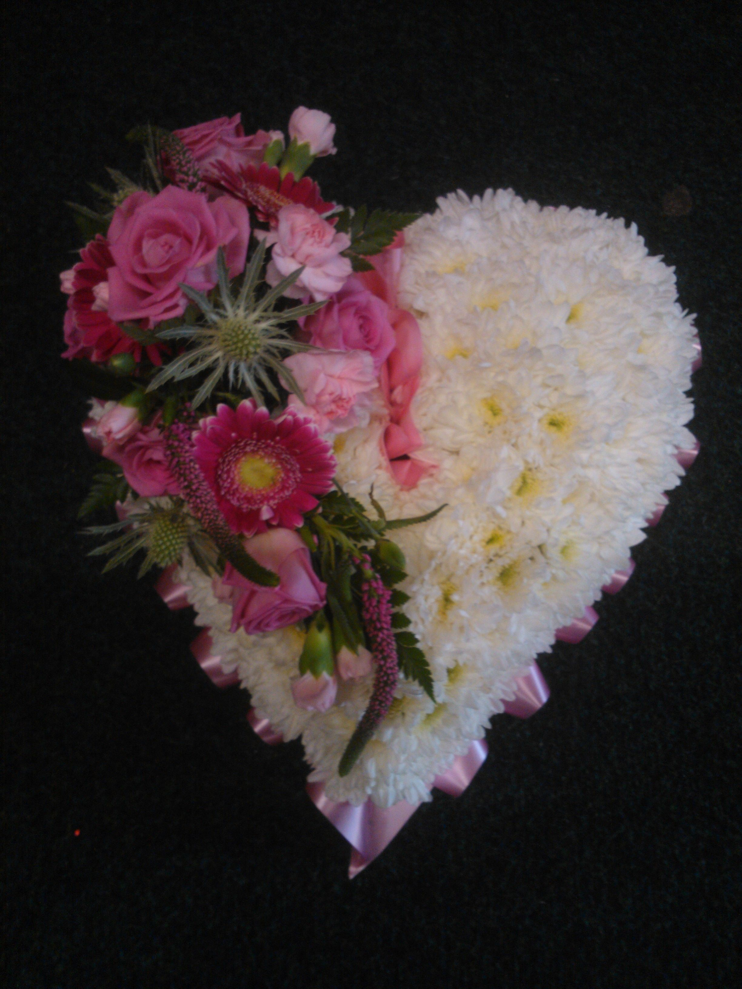 Funeral flowers floralcraft flowers heart funeral tribute flowers izmirmasajfo Image collections
